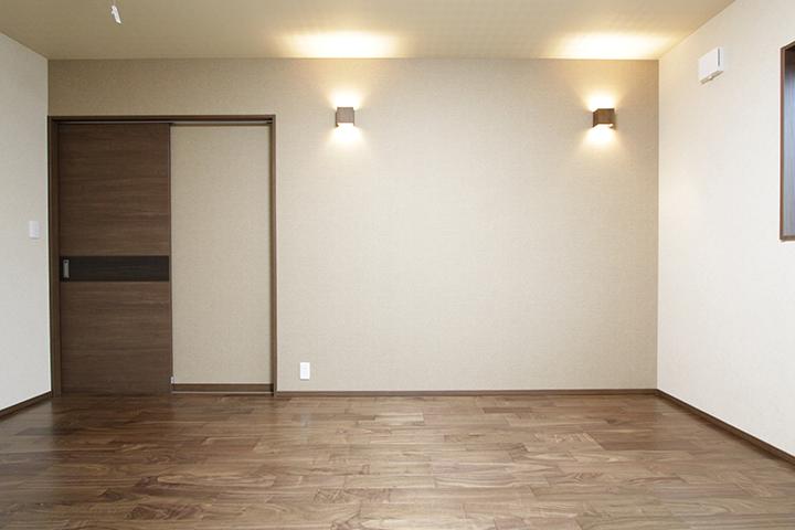 スタイリッシュでモダンな部屋。